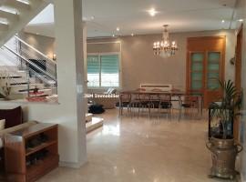 Villa, 390 m², 4 chambres,